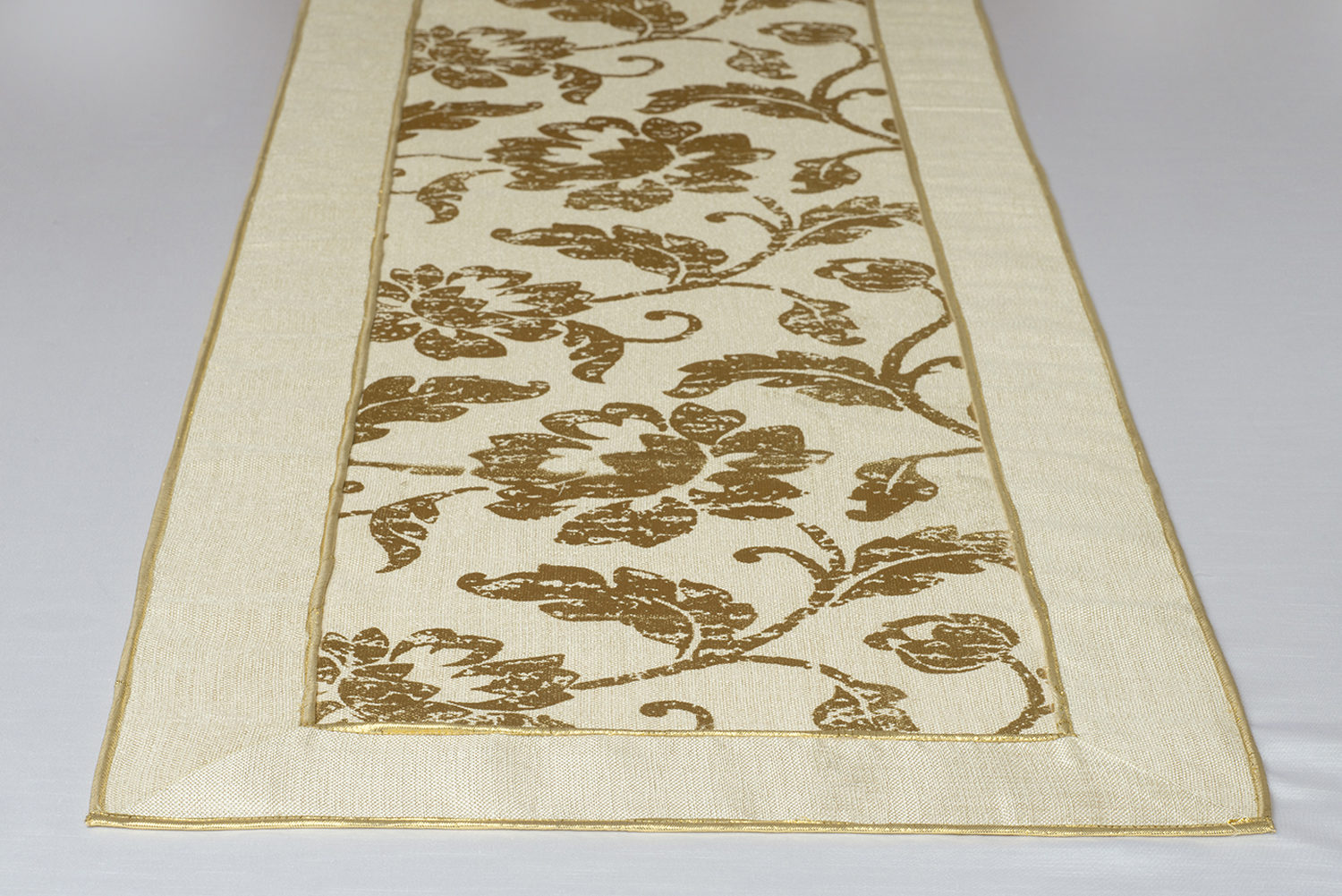 Cream Color Shimmer Canvas With Foil Fl Print Gold Metallic Cording Banquet Table Runner